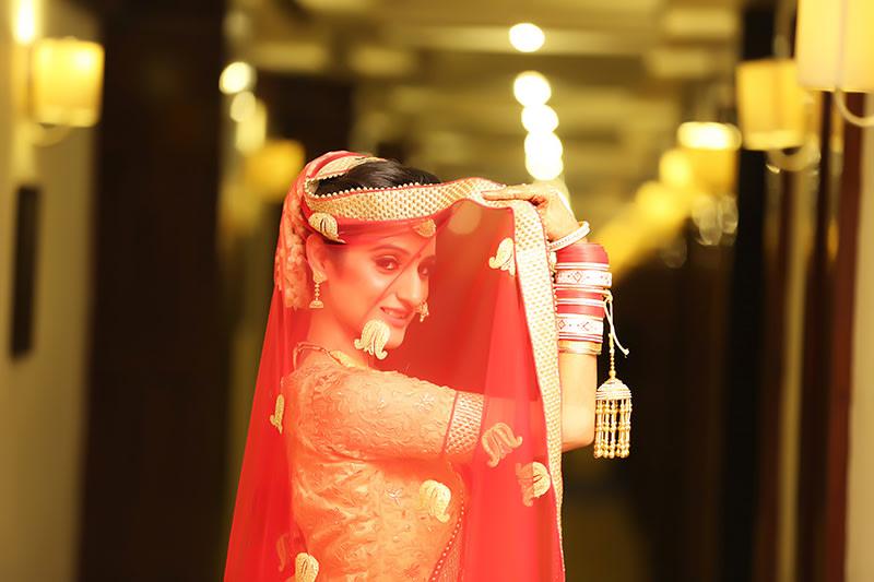 Stunning Bride on her Wedding day by Mukesh bijalwan  Wedding-photography | Weddings Photos & Ideas