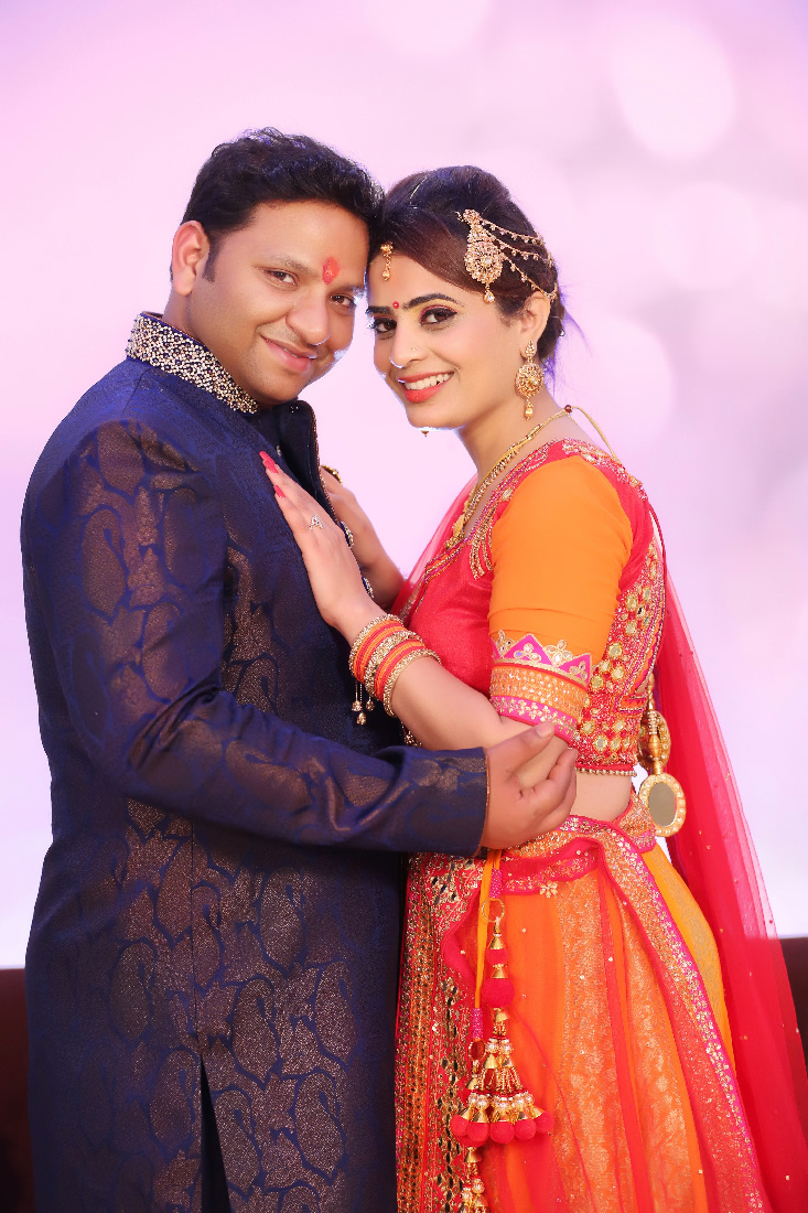 Stunning Couple Beautifully Adorned For Their Engagement Day by Mukesh bijalwan  Wedding-photography | Weddings Photos & Ideas
