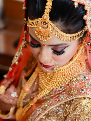 Beautiful gold jewellery! by Greens Studio Wedding-photography | Weddings Photos & Ideas