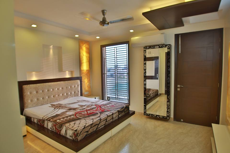 Wooden Work On False Ceiling In Bedroom by Damanjit Bajaj  Bedroom Contemporary | Interior Design Photos & Ideas
