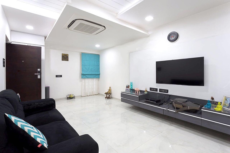 White Themed Living Room With Black Cushioned Sofa by Kraftworks Pvt. Ltd. Living-room | Interior Design Photos & Ideas