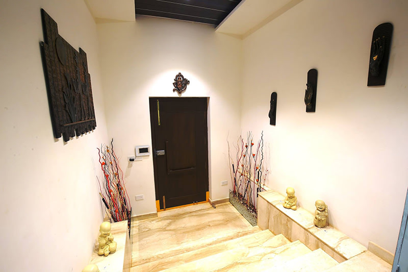 Indoor Marble Staircase by Nilesh Jain Indoor-spaces Contemporary   Interior Design Photos & Ideas