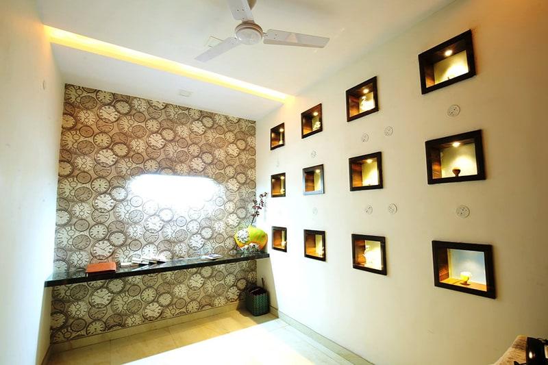 Hallway With Wall Display by Kraftworks Pvt. Ltd. Indoor-spaces | Interior Design Photos & Ideas