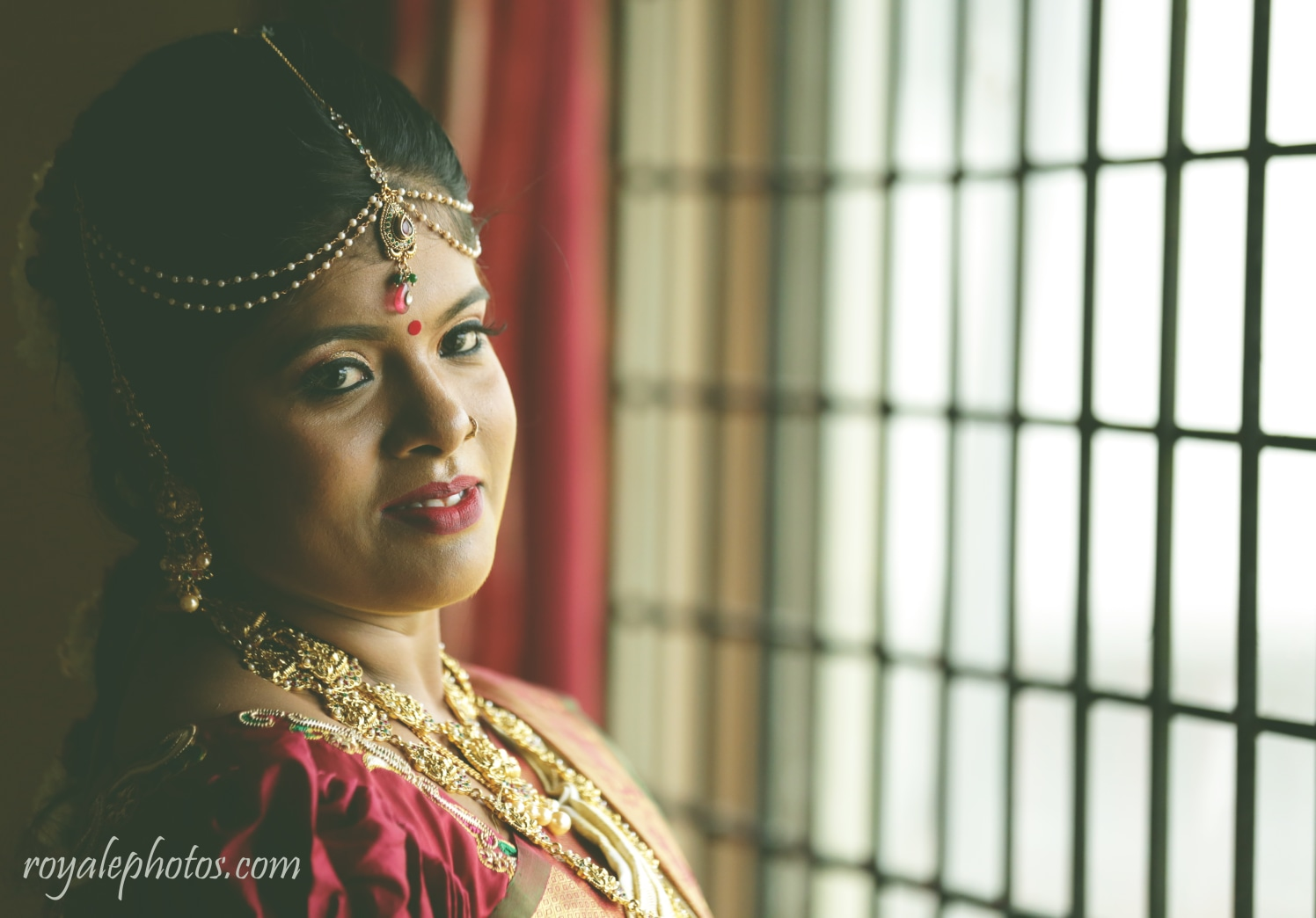 A beautiful bride wearing exquisite jewellery! by Royale Photos Wedding-photography | Weddings Photos & Ideas