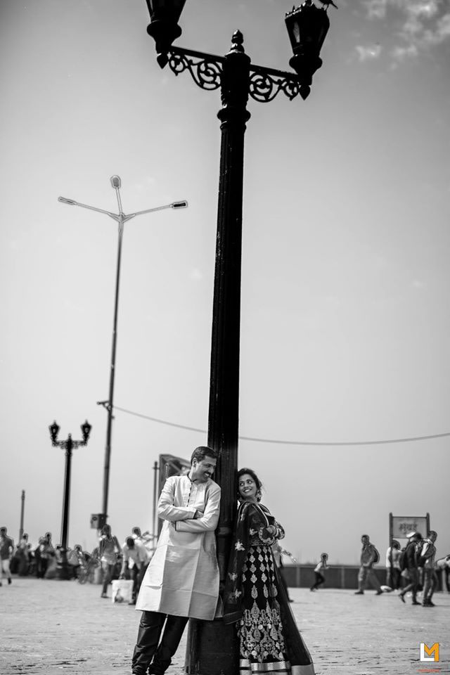 Under the street lights by Lakshya Manwani Photography Wedding-photography | Weddings Photos & Ideas