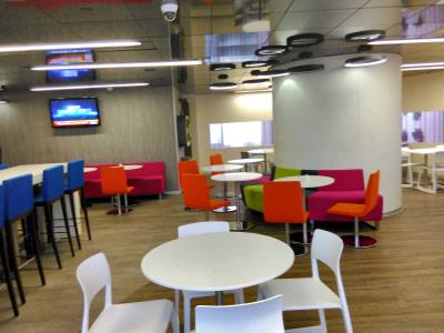 Contemporary cafe decor by Ar. ankur siddhu Contemporary | Interior Design Photos & Ideas