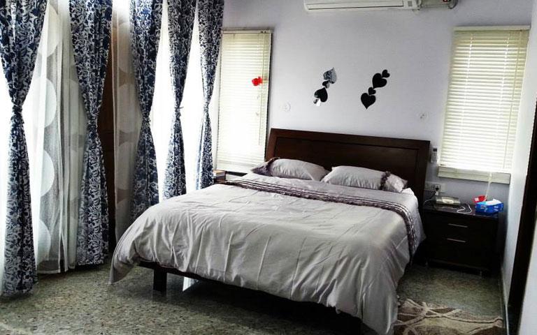 A Simple Bedroom. by Cobblestone Designs  Bedroom Minimalistic | Interior Design Photos & Ideas