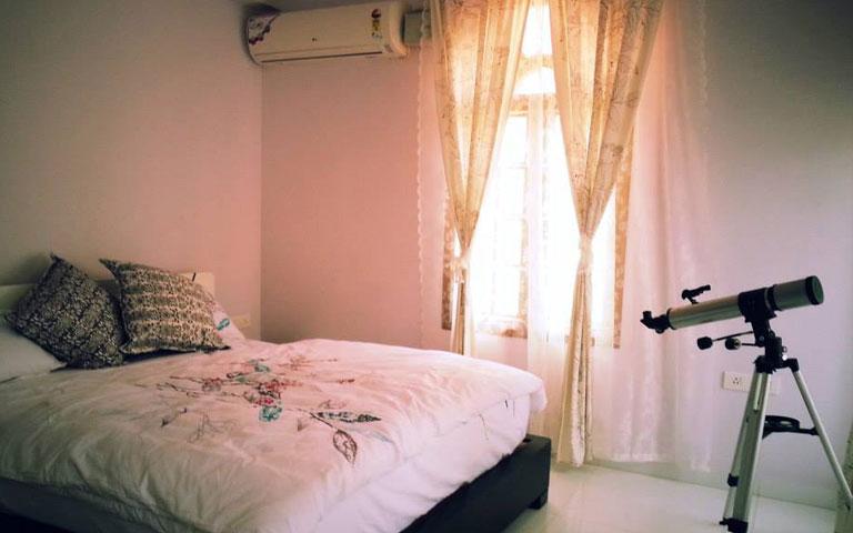 A Beautiful Bedroom. by Cobblestone Designs  Bedroom Modern | Interior Design Photos & Ideas