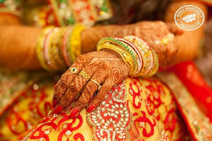 Beautiful mehendi of the bride! by Kumud Dhandharia Photography Wedding-photography | Weddings Photos & Ideas