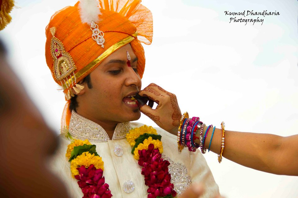 A dashing groom! by Kumud Dhandharia Photography Wedding-photography | Weddings Photos & Ideas