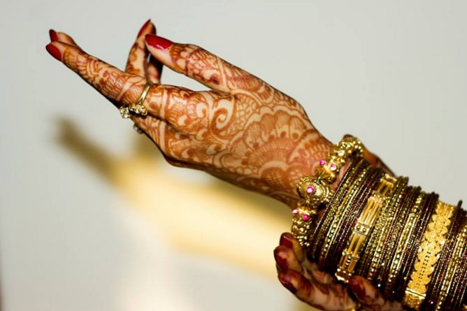 Beautiful bangles of the bride! by C3 Photography Wedding-photography | Weddings Photos & Ideas