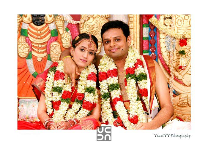A beautiful  couple oh their D-day! by Vinod VV Photography Wedding-photography | Weddings Photos & Ideas