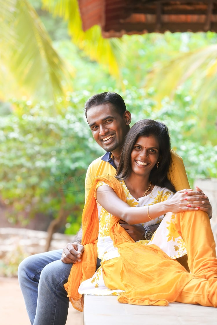 A sunny couple ready to begin a new life together! by Vinod VV Photography Wedding-photography | Weddings Photos & Ideas