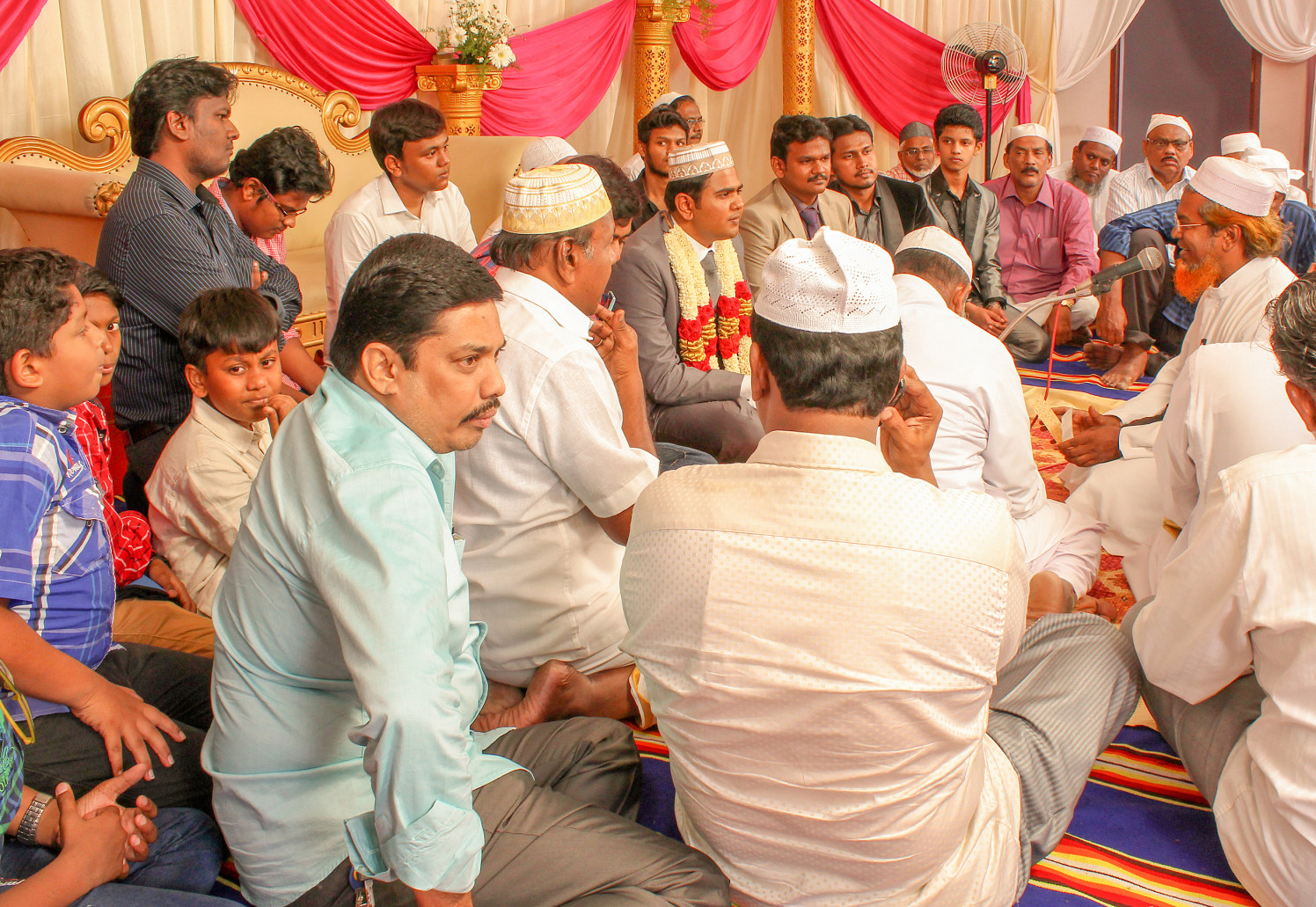 Wedding guest on muslim wedding! by Vinod VV Photography Wedding-photography | Weddings Photos & Ideas