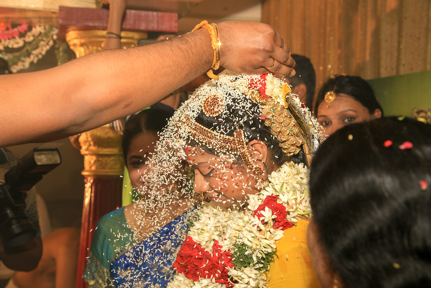 Rice showered on bride! by Vinod VV Photography Wedding-photography | Weddings Photos & Ideas