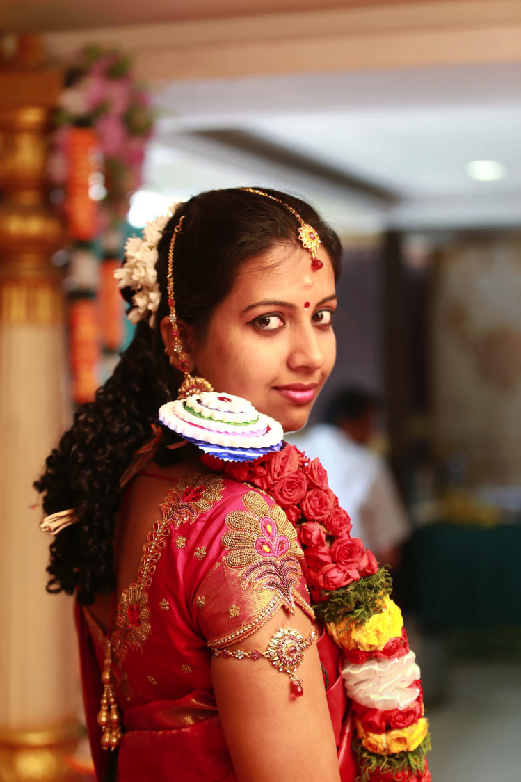 A radiant bride ready for her D-day! by Vinod VV Photography Wedding-photography | Weddings Photos & Ideas