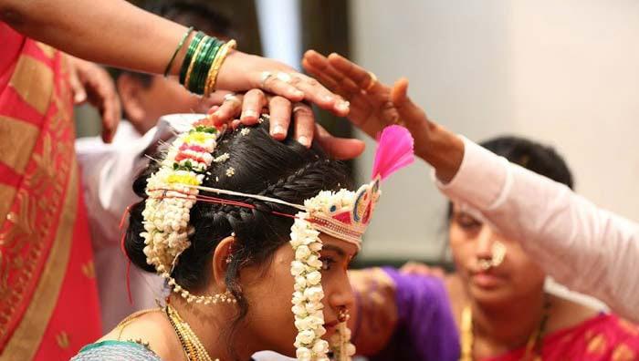 Floral beaut bride by Ashutosh Wedding-photography | Weddings Photos & Ideas