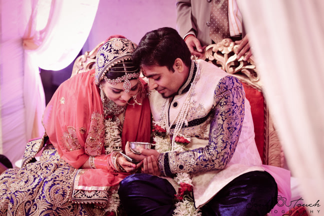 Beautiful idea of matching wedding outfits by Ashutosh Wedding-photography | Weddings Photos & Ideas