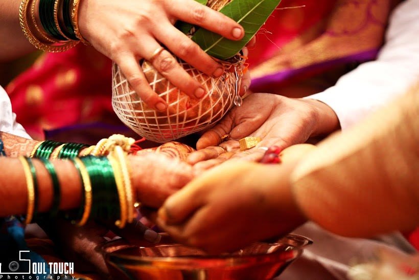 Lovely Auspicious Wedding Rituals by Ashutosh Wedding-photography | Weddings Photos & Ideas