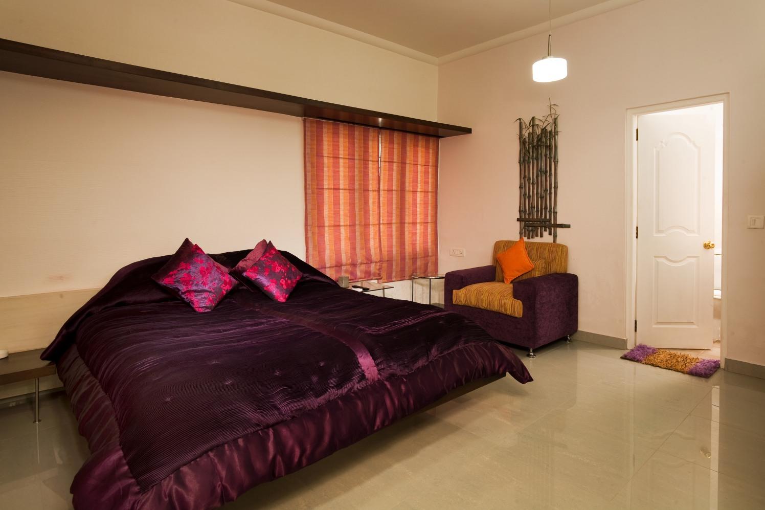 Bedroom by Kaiadesigns Bedroom Modern | Interior Design Photos & Ideas
