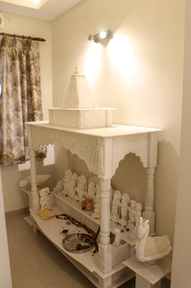 Traditional white prayer room by coalitiondesigns Indoor-spaces Traditional | Interior Design Photos & Ideas