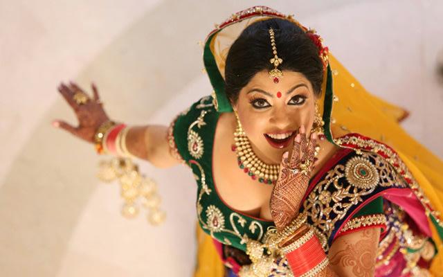The bride dancing in wonder! by Qutab Photography Wedding-photography | Weddings Photos & Ideas