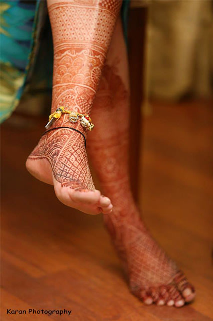 An Intricate detailing of the bride's feet by Qutab Photography Wedding-photography | Weddings Photos & Ideas
