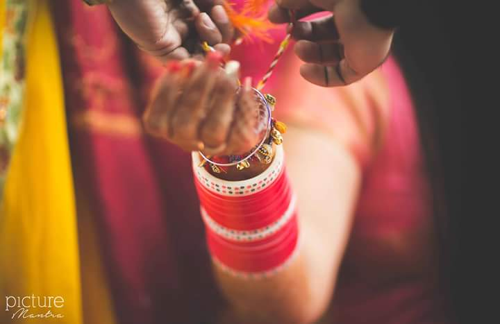 Living up to the beautiful old customs by PictureTree Wedding-photography | Weddings Photos & Ideas
