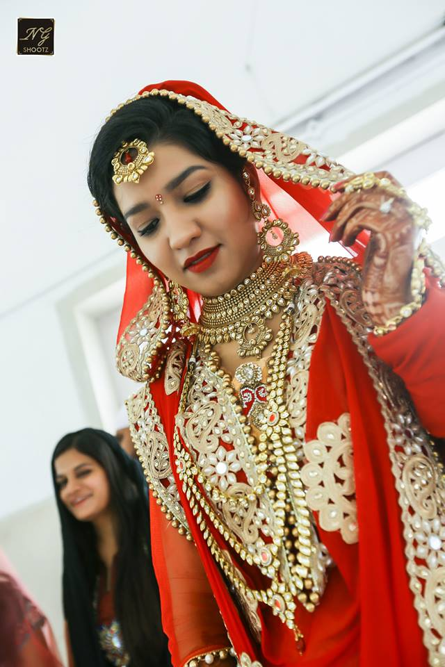 A picture of the charming brides shining jewellery by NG Shootz Wedding-photography | Weddings Photos & Ideas