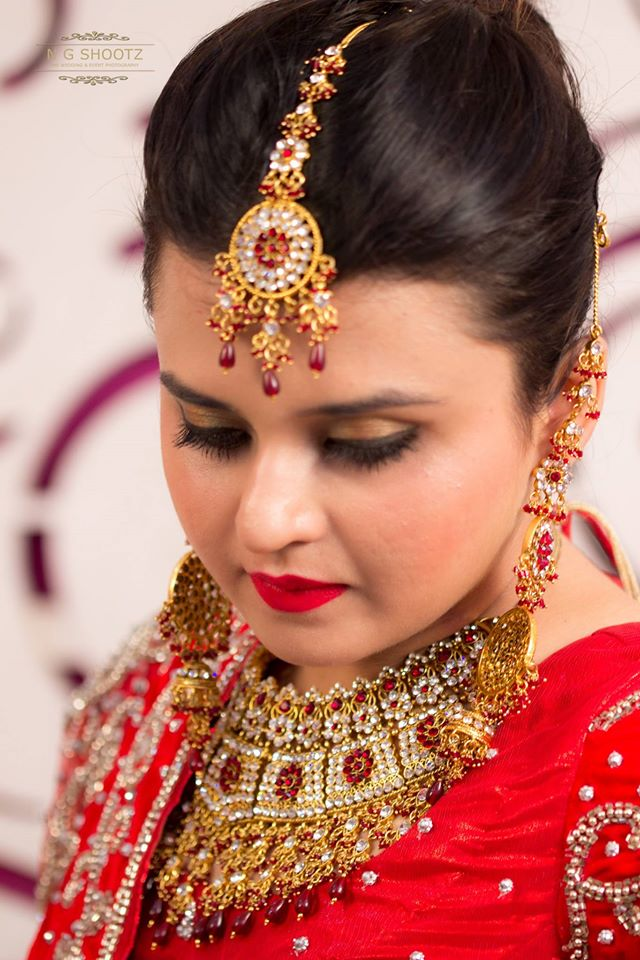 Getting a glimpse of the ravishing beauty by NG Shootz Wedding-photography | Weddings Photos & Ideas