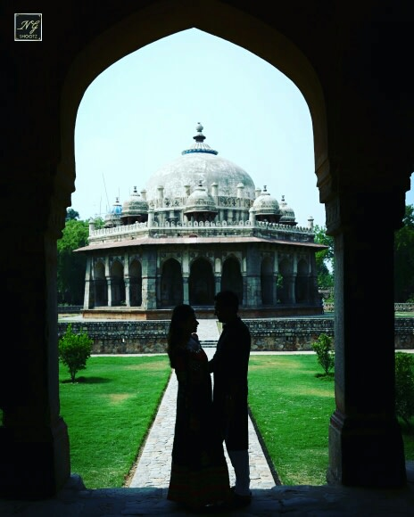 A stunning photo of a couple surrounded by ancient ruins by NG Shootz Wedding-photography | Weddings Photos & Ideas