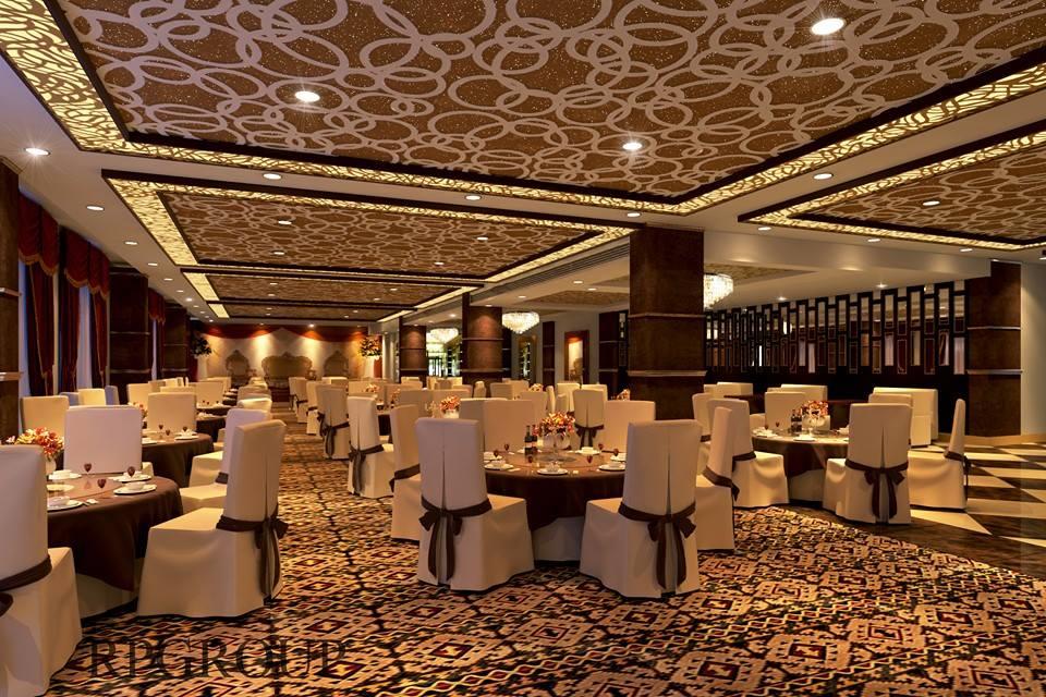 Lavish design for a spacious restaurant by Real Paradise Group Contemporary   Interior Design Photos & Ideas