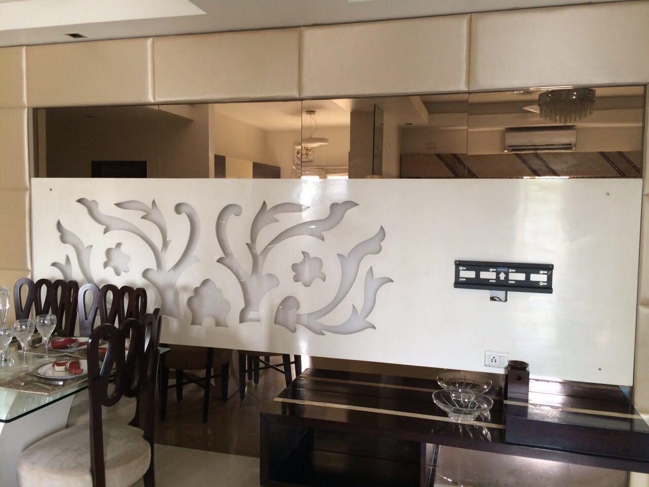 Dining area for lavish residence by Amrita Rajput Dining-room Contemporary | Interior Design Photos & Ideas