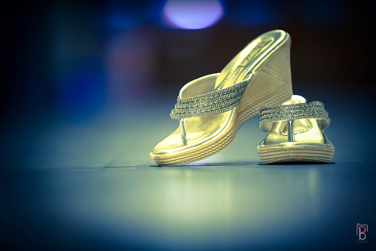 Bride Footwear by Priya Banik Photography Wedding-photography Bridal-jewellery-and-accessories | Weddings Photos & Ideas