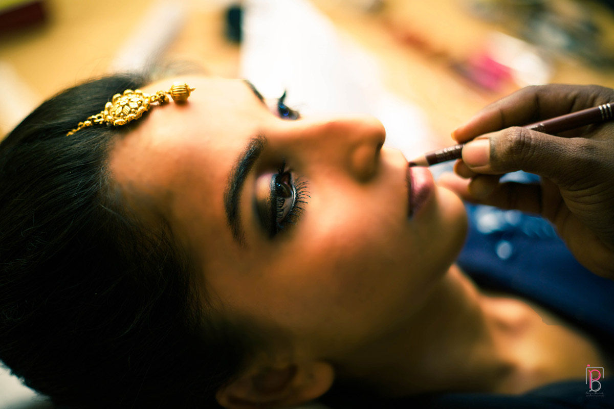 Getting Ready Shot by Priya Banik Photography Wedding-photography | Weddings Photos & Ideas