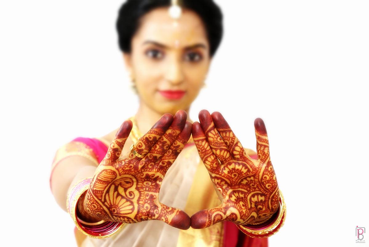 Mehendi design by Priya Banik Photography Wedding-photography Bridal-mehendi | Weddings Photos & Ideas