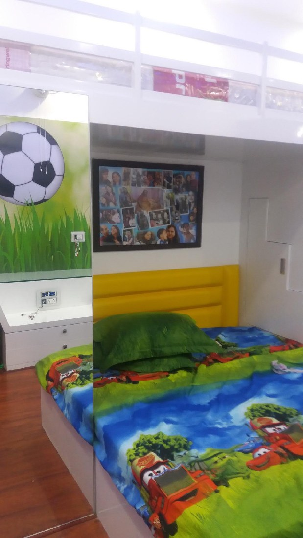 Colourful kids bedroom by Five Elements Bedroom Modern | Interior Design Photos & Ideas