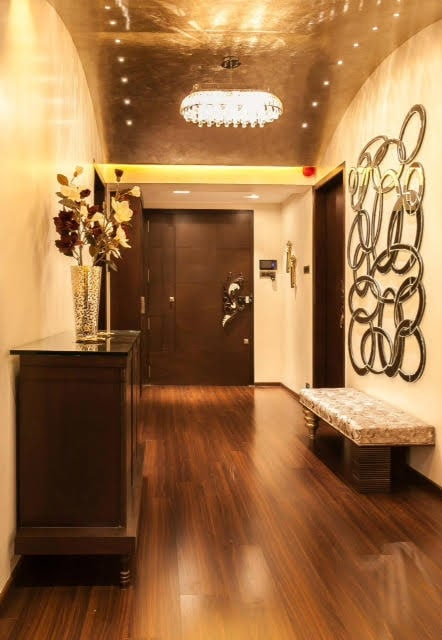 Modern hallway with wooden flooring by Five Elements Indoor-spaces Modern | Interior Design Photos & Ideas