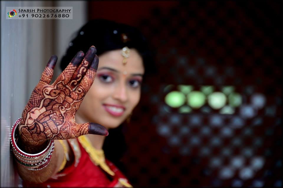 Flawless mehendi by Sparsh Photography  Wedding-photography | Weddings Photos & Ideas