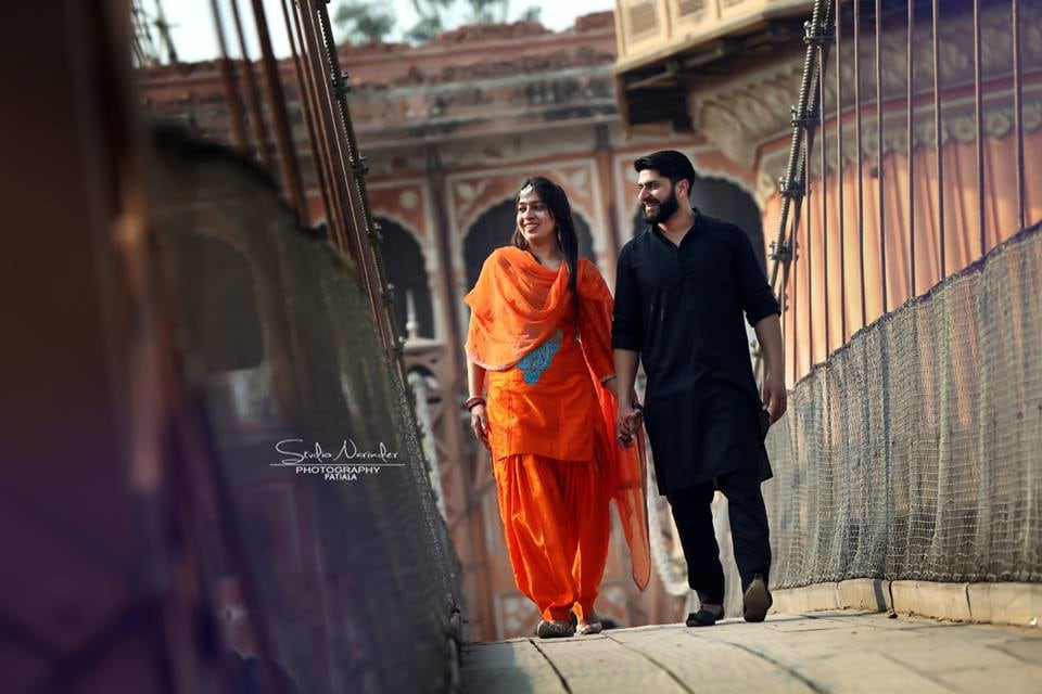 A Typical Punjabi Pre-Wedding Shoot On A Suspension Bridge by Sourab Sharma Wedding-photography | Weddings Photos & Ideas