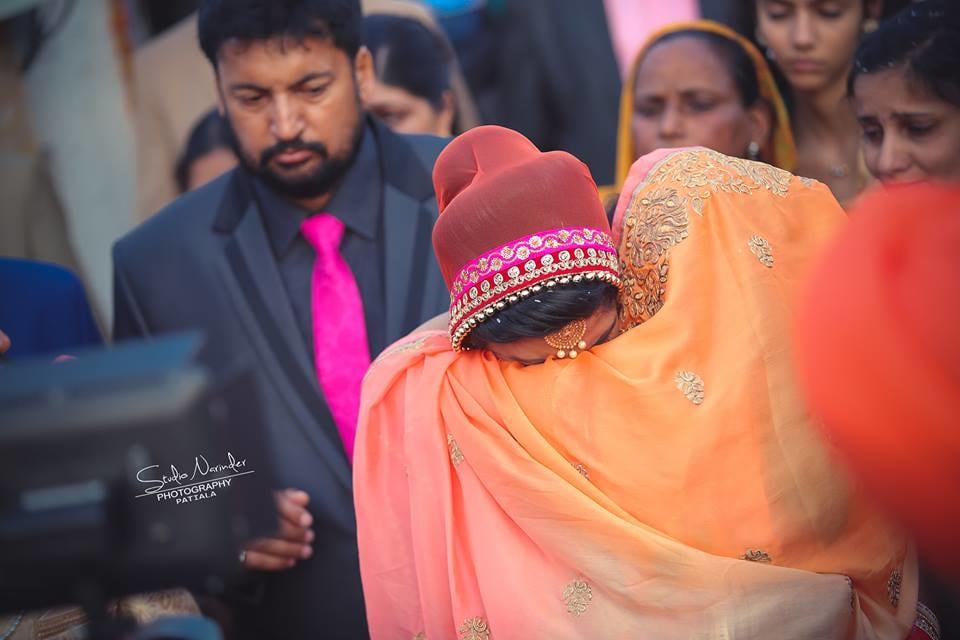 Vidai scene !! by Studio Narinder Photography Wedding-photography | Weddings Photos & Ideas