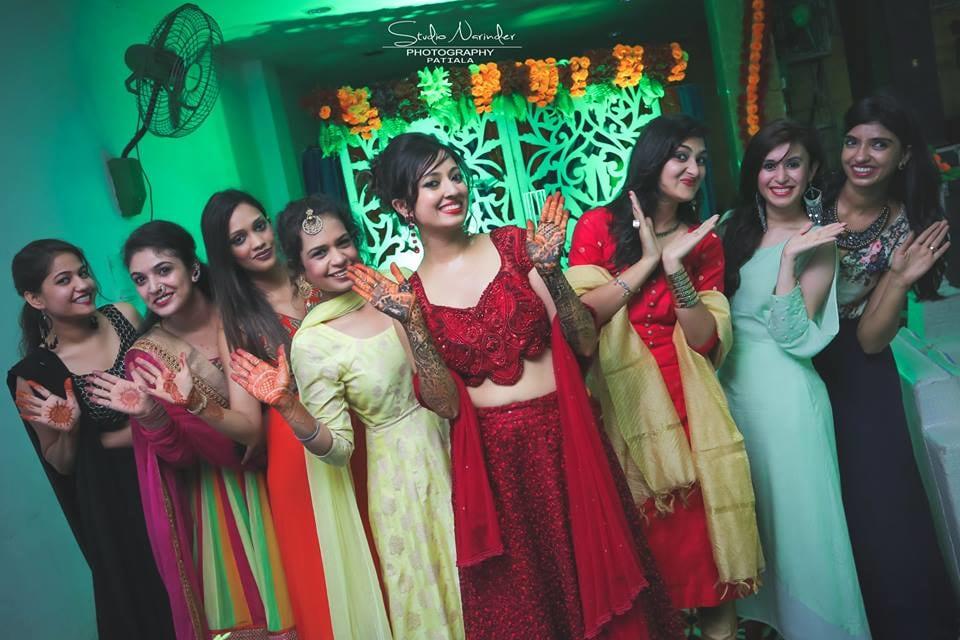 Mehendi day !! by Studio Narinder Photography Wedding-photography | Weddings Photos & Ideas
