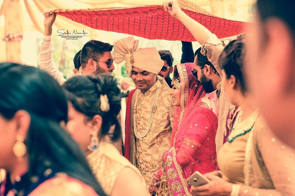 Candid Shot Of Conventional Bridegroom Arriving At Their Wedding by Sourab Sharma Wedding-photography | Weddings Photos & Ideas