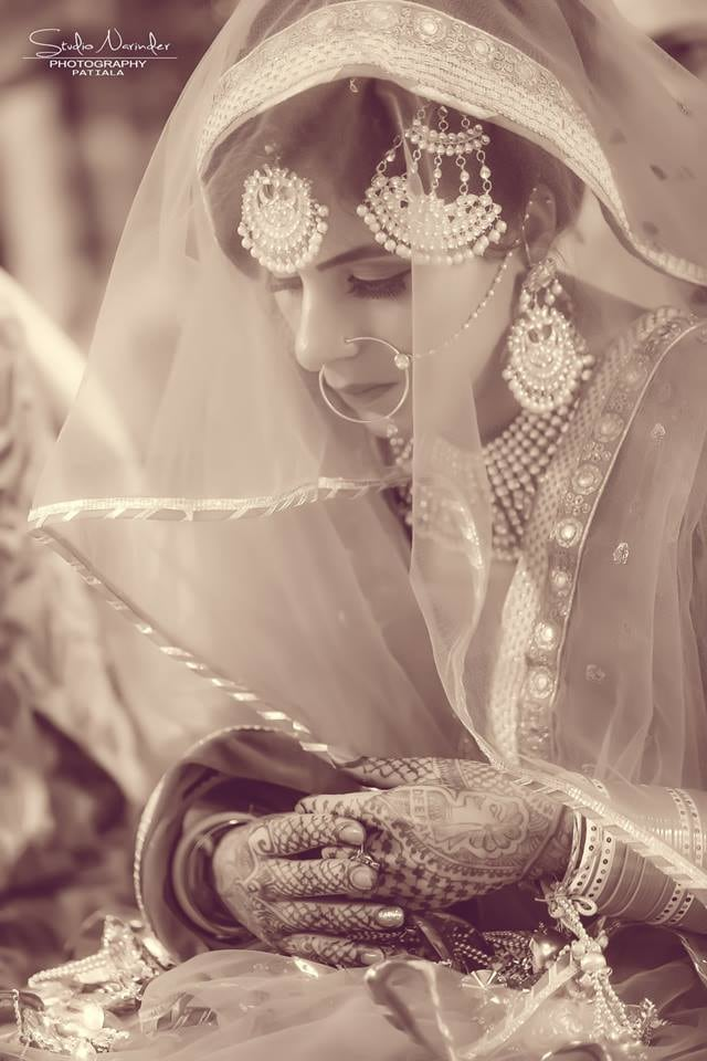 Black And White Shot Of Bride Highlighting Her Crescent Side Mang Tikka by Sourab Sharma Wedding-photography | Weddings Photos & Ideas