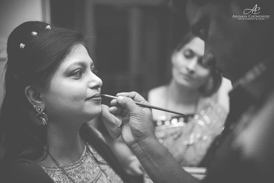Getting Ready For The Big Day by Arunava Chowdhury Photography and Films Wedding-photography | Weddings Photos & Ideas