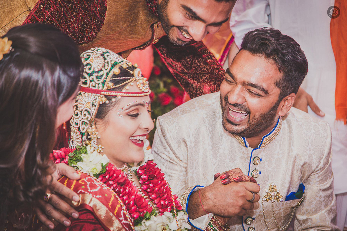 Pretty bride and groom by Fahim Sayed Wedding-photography | Weddings Photos & Ideas