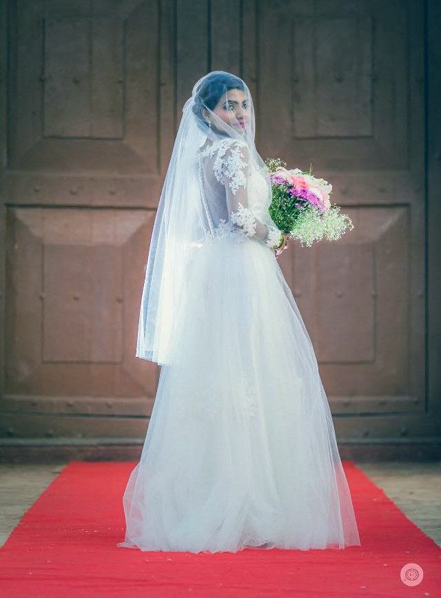 Pretty bride by Fahim Sayed Wedding-photography | Weddings Photos & Ideas