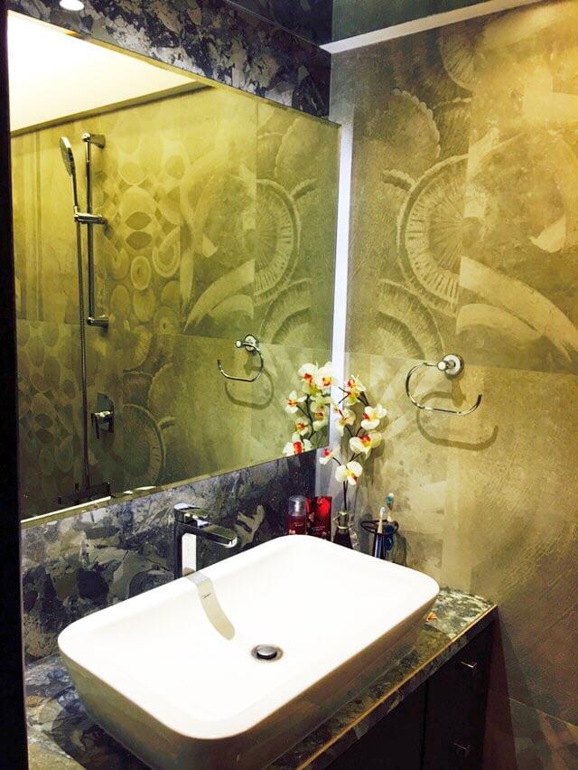 Modern Bathroom. by Prashant Sharma Bathroom Modern | Interior Design Photos & Ideas