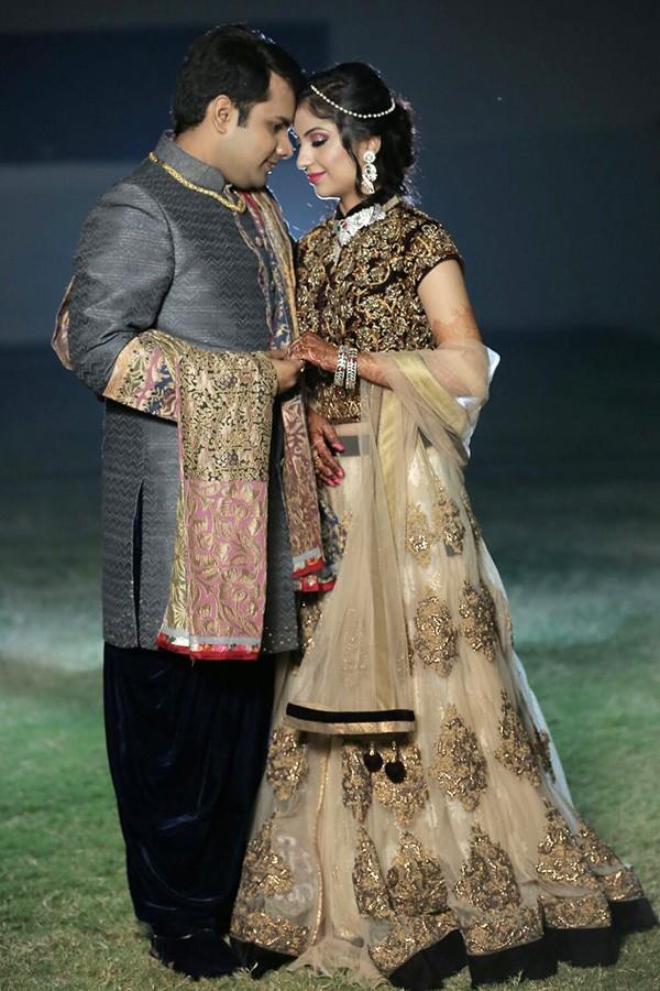 Couple traditional shoot by pankaj Bhatia Wedding-photography | Weddings Photos & Ideas
