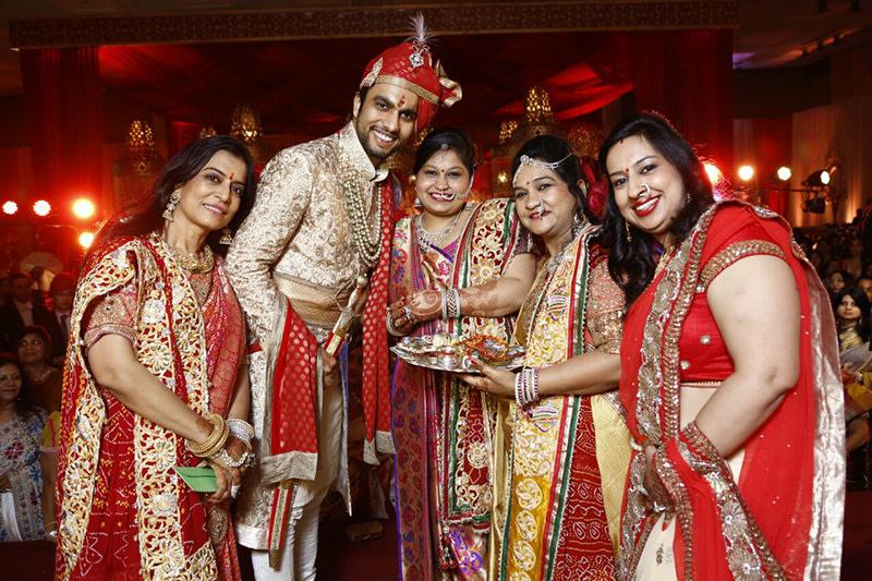Family shots by pankaj Bhatia Wedding-photography | Weddings Photos & Ideas